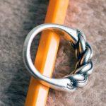 Серебряный перстень найденный в песке в Вецаки